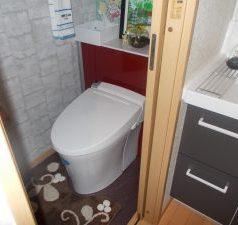 LIXIL リフォレのトイレ施工
